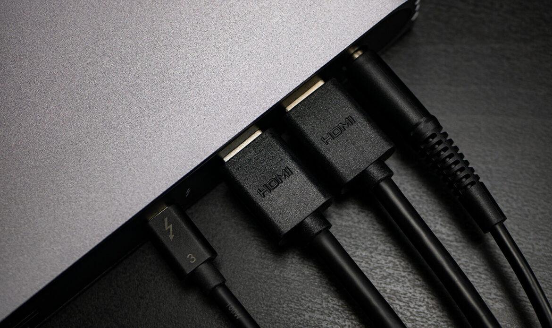 USB-C HDMI Dock_P1050127_Edited_November-06-2020 (1)