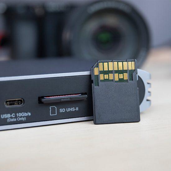 USB-C Pro Dock 5